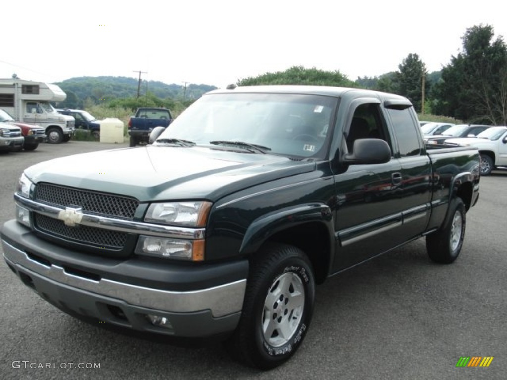 2005 dark green metallic chevrolet silverado 1500 z71 extended cab 4x4 67493864. Black Bedroom Furniture Sets. Home Design Ideas