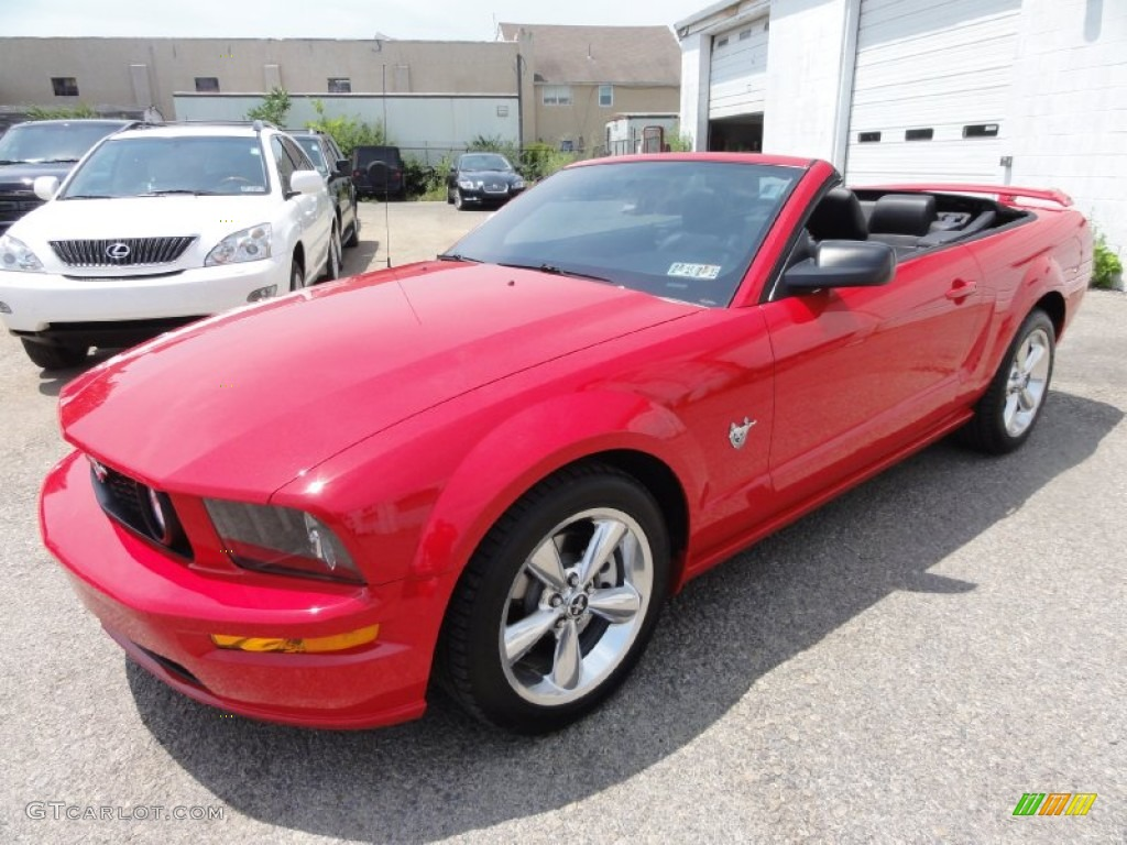 torch red 2009 ford mustang gt premium convertible exterior photo 67619319. Black Bedroom Furniture Sets. Home Design Ideas