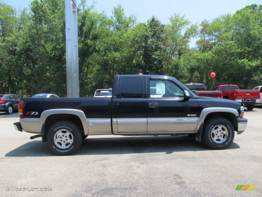 2002 Silverado 1500 LS Extended Cab 4x4 - Onyx Black / Graphite Gray photo #5