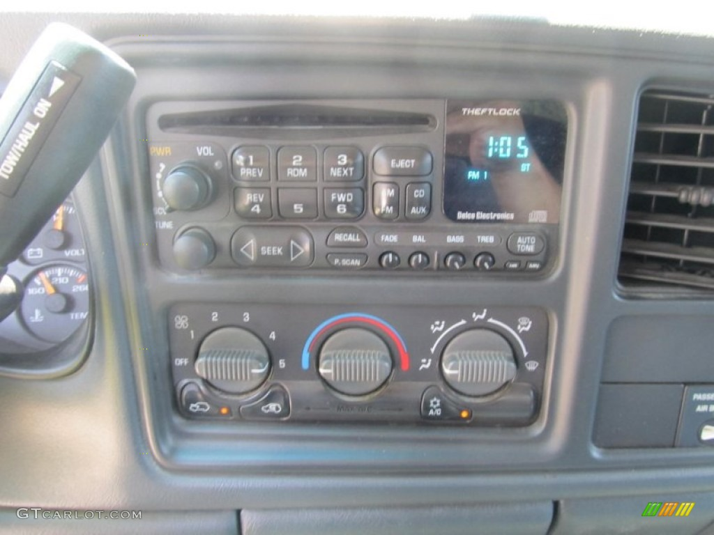 2002 Silverado 1500 LS Extended Cab 4x4 - Onyx Black / Graphite Gray photo #12