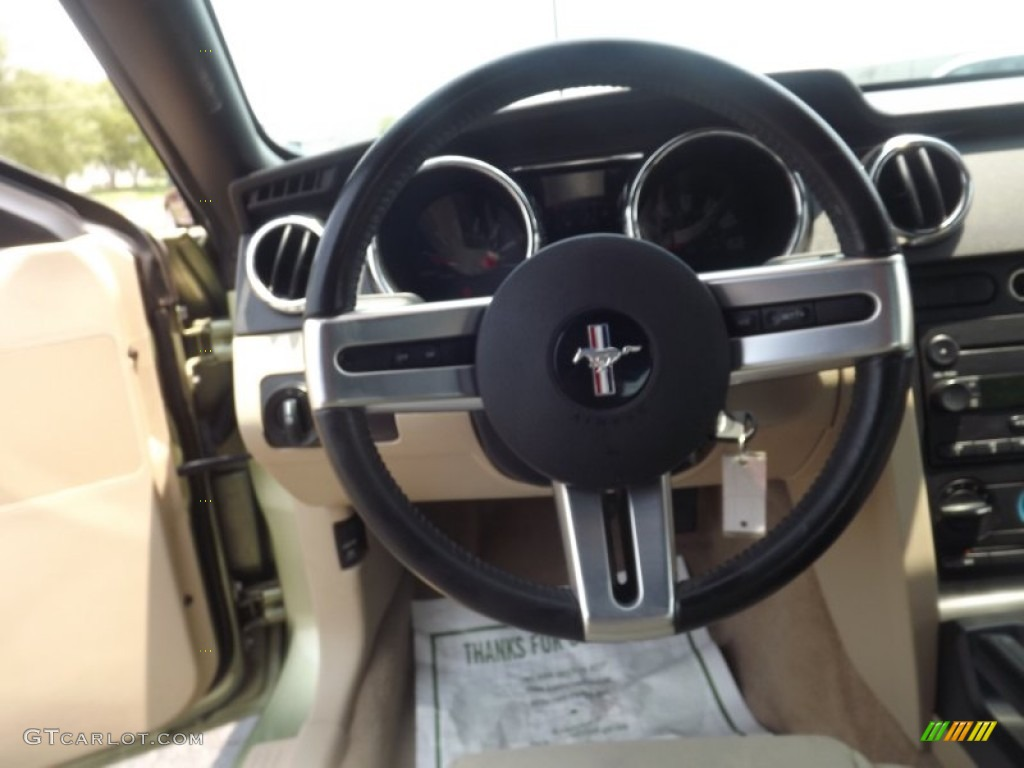 2006 Ford Mustang V6 Deluxe Convertible Steering Wheel Photos