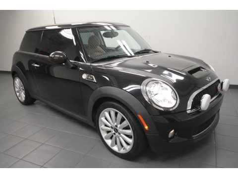 2010 mini cooper s mayfair 50th anniversary hardtop data info and specs. Black Bedroom Furniture Sets. Home Design Ideas