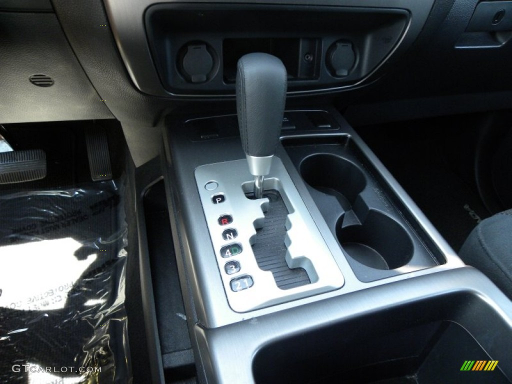 5 Speed Automatic >> 2012 Nissan Armada Sv 5 Speed Automatic Transmission Photo 67790747