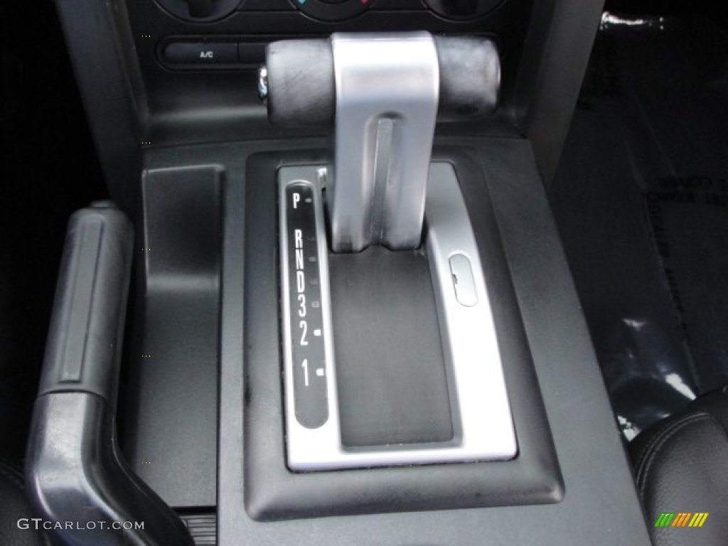 2006 Ford Mustang V6 Premium Coupe 5 Speed Automatic Transmission Photo #67817010