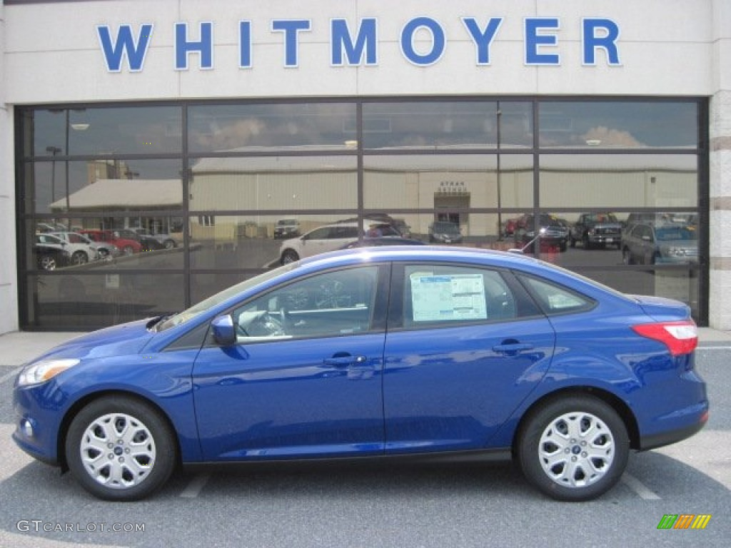 2012 Focus SE Sedan - Sonic Blue Metallic / Charcoal Black photo #1