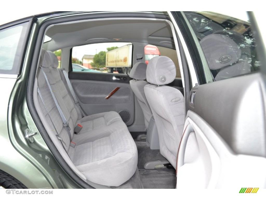 Grey Interior 2002 Volkswagen Passat Gls Sedan Photo 67928000