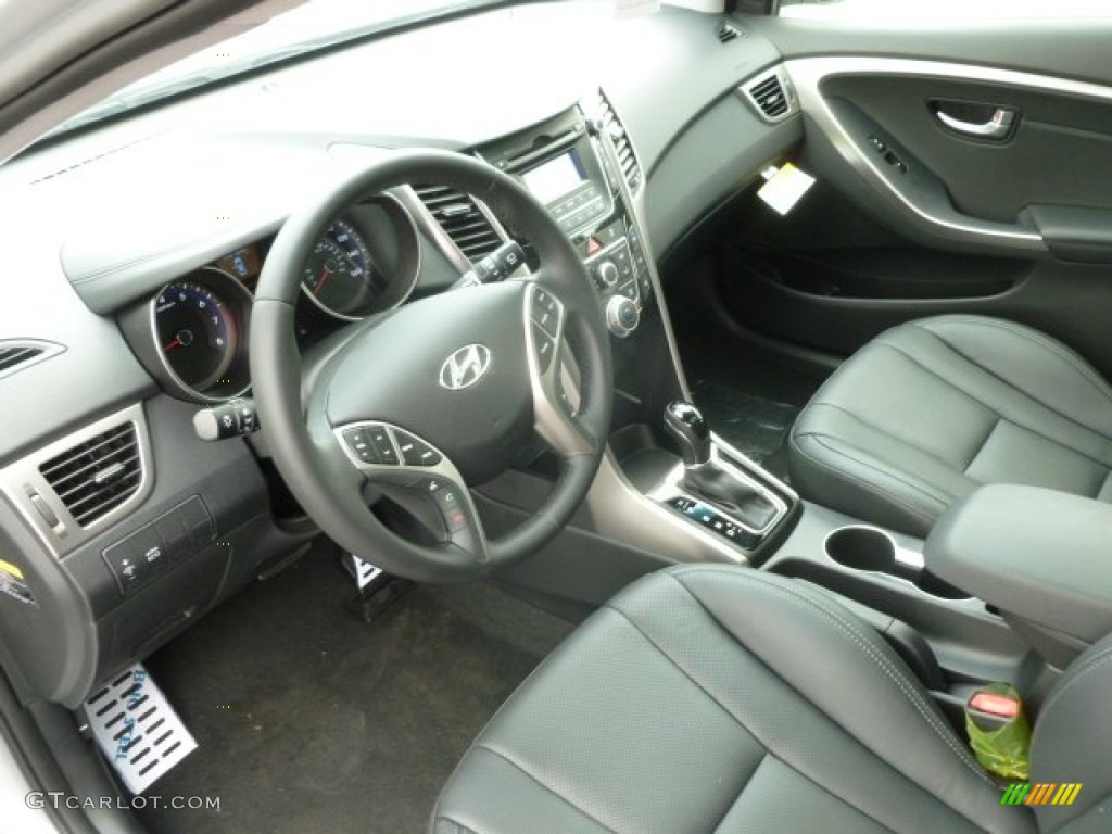 Black Interior 2013 Hyundai Elantra Gt Photo 67940465