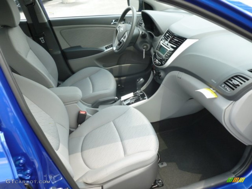 2013 hyundai accent gls 4 door interior photo 67940768. Black Bedroom Furniture Sets. Home Design Ideas