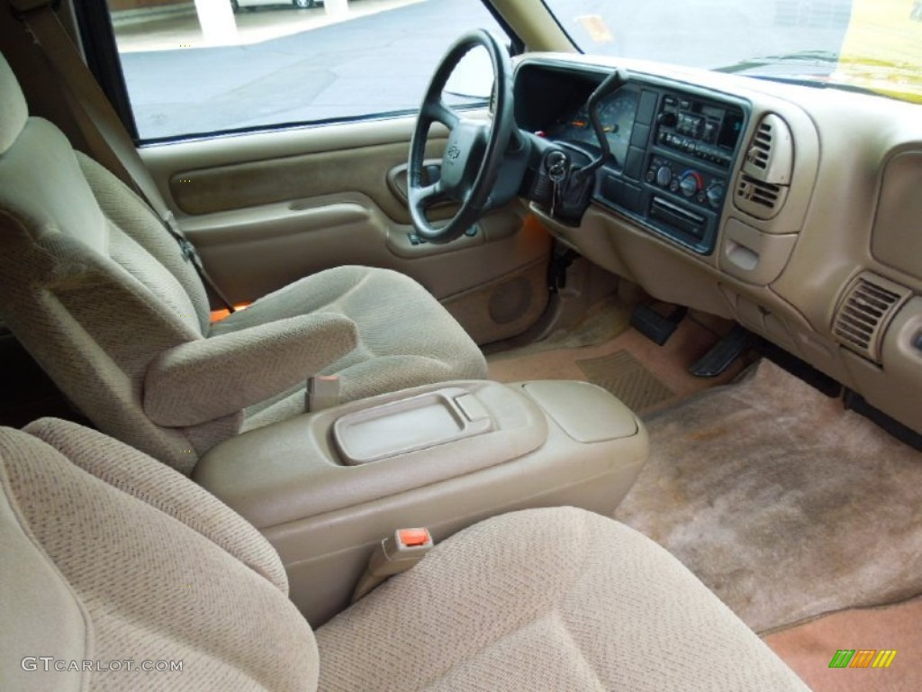 Neutral Interior 1999 Chevrolet Suburban C1500 Ls Photo 67959161