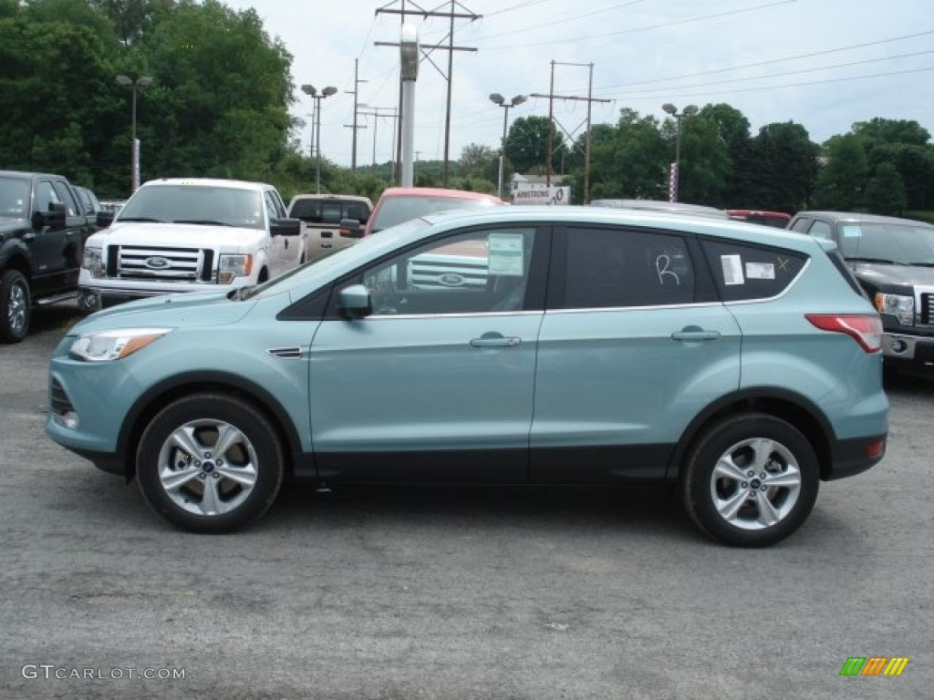 Frosted glass metallic 2013 ford escape se 1 6l ecoboost 4wd exterior photo 67985636