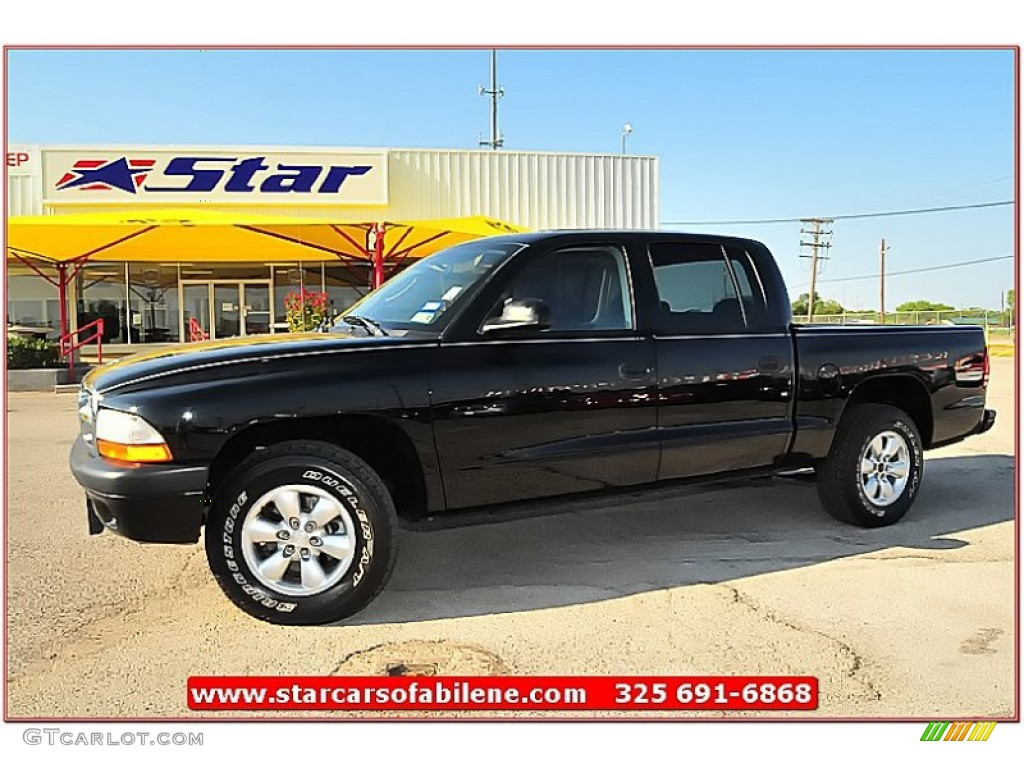 2004 Dakota Sport Quad Cab - Black / Dark Slate Gray photo #1