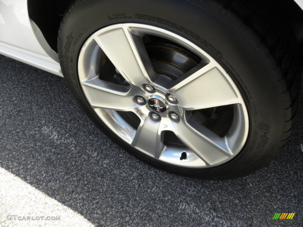 2006 Ford Mustang GT Premium Coupe Wheel Photo #68085611