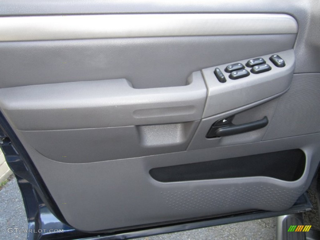 2003 ford explorer xlt awd graphite grey door panel photo. Black Bedroom Furniture Sets. Home Design Ideas