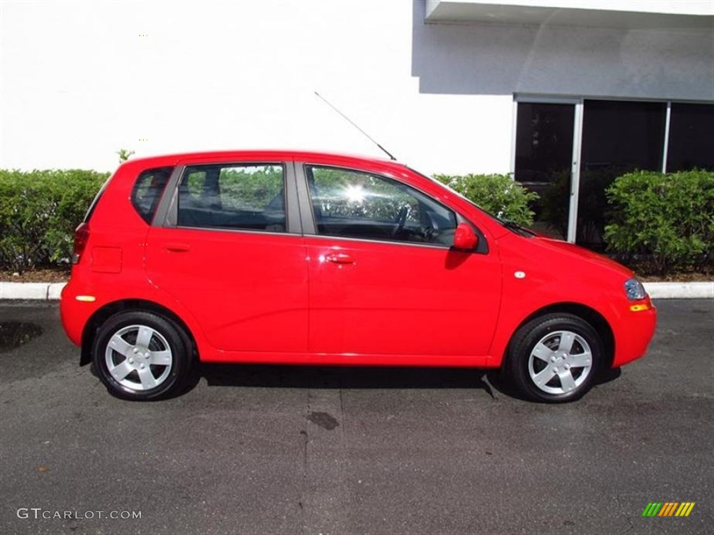 victory red 2006 chevrolet aveo ls hatchback exterior. Black Bedroom Furniture Sets. Home Design Ideas