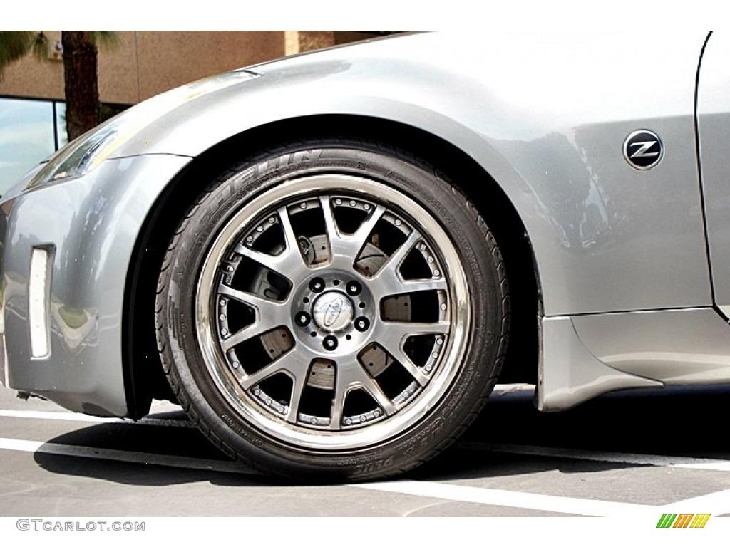 2004 nissan 350z touring roadster custom wheels photo. Black Bedroom Furniture Sets. Home Design Ideas