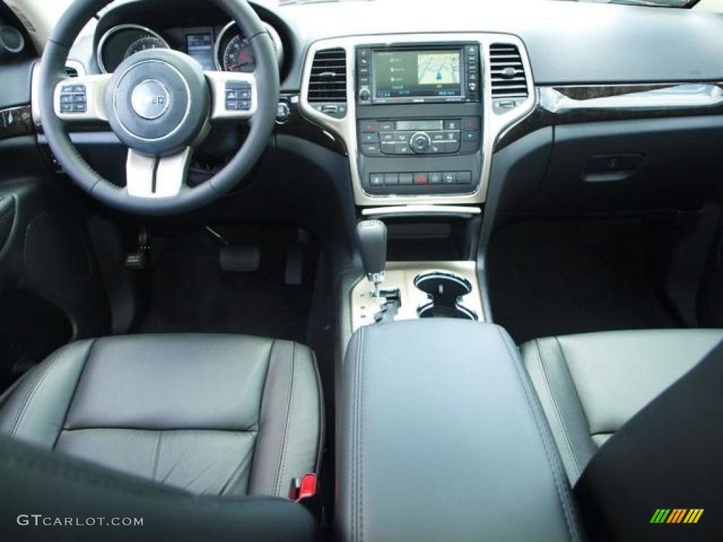 2012 Jeep Grand Cherokee Altitude 4x4 Black Dashboard