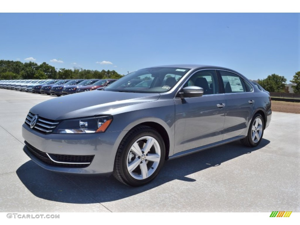 2013 platinum gray metallic volkswagen passat 2 5l se 68223638 car color galleries. Black Bedroom Furniture Sets. Home Design Ideas