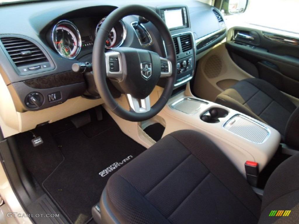 Black Light Graystone Interior 2012 Dodge Grand Caravan Sxt Photo 68340342