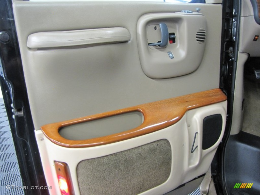 1999 Chevrolet Express 1500 Passenger Conversion Van Neutral Door Panel Photo 68345440
