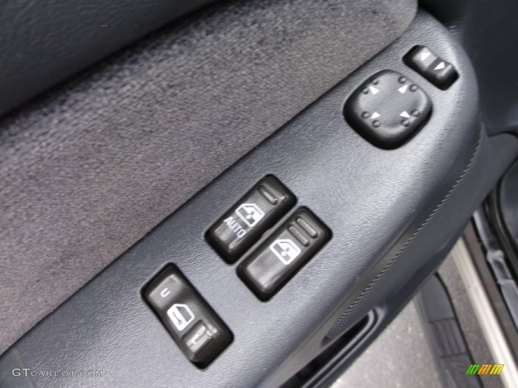 2002 Silverado 1500 LS Extended Cab 4x4 - Onyx Black / Graphite Gray photo #17