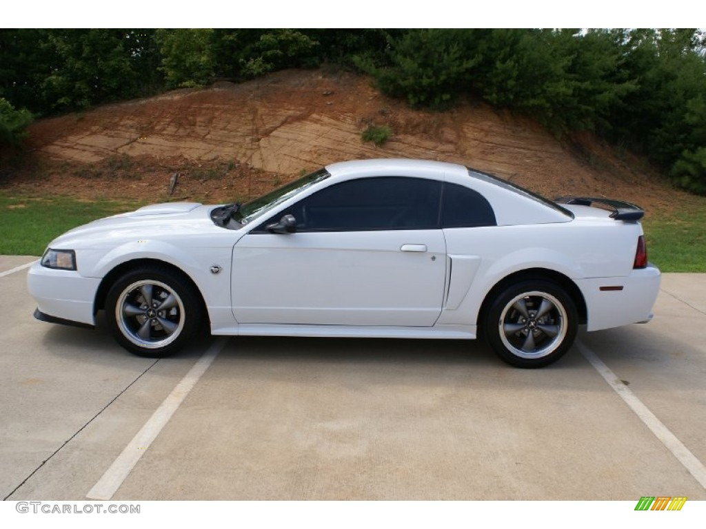 Oxford White 2004 Ford Mustang Gt Coupe Exterior Photo 68528866