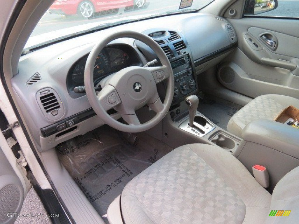 Gray Interior 2004 Chevrolet Malibu Ls V6 Sedan Photo