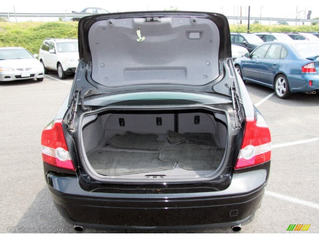 2005 volvo s40 t5 awd trunk photo 68656396. Black Bedroom Furniture Sets. Home Design Ideas