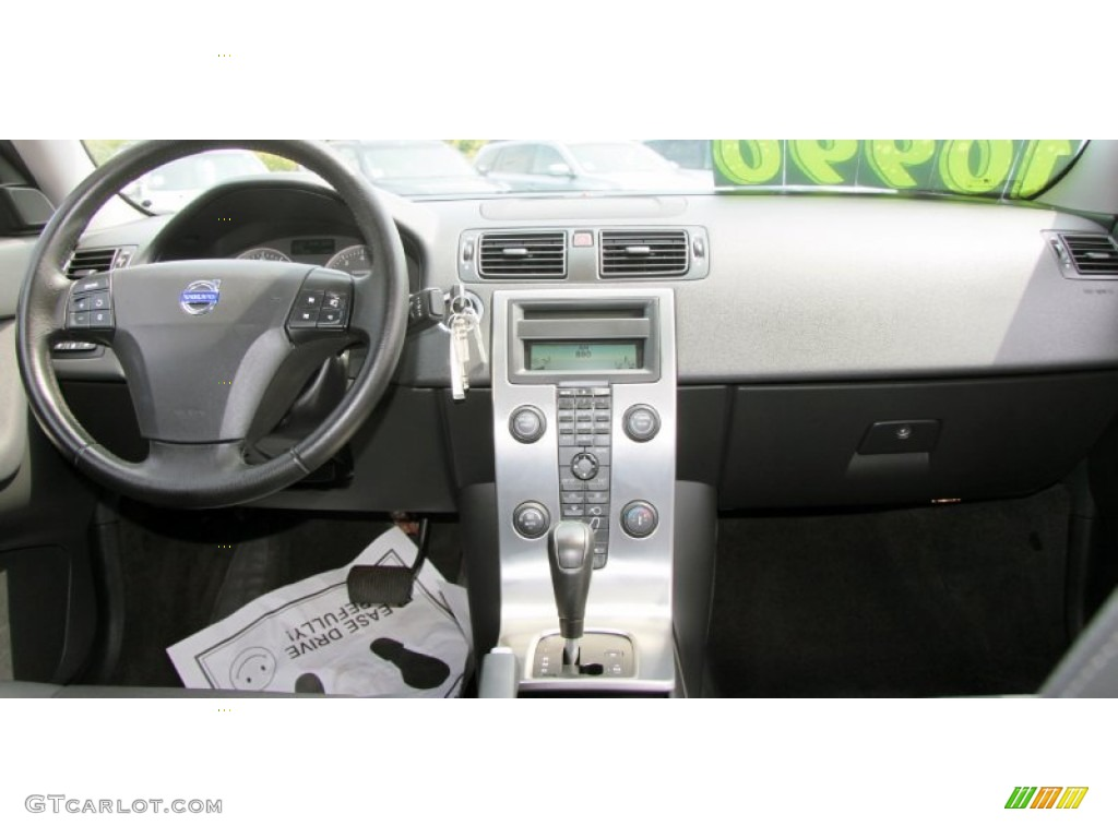 2005 volvo s40 t5 awd dashboard photos. Black Bedroom Furniture Sets. Home Design Ideas