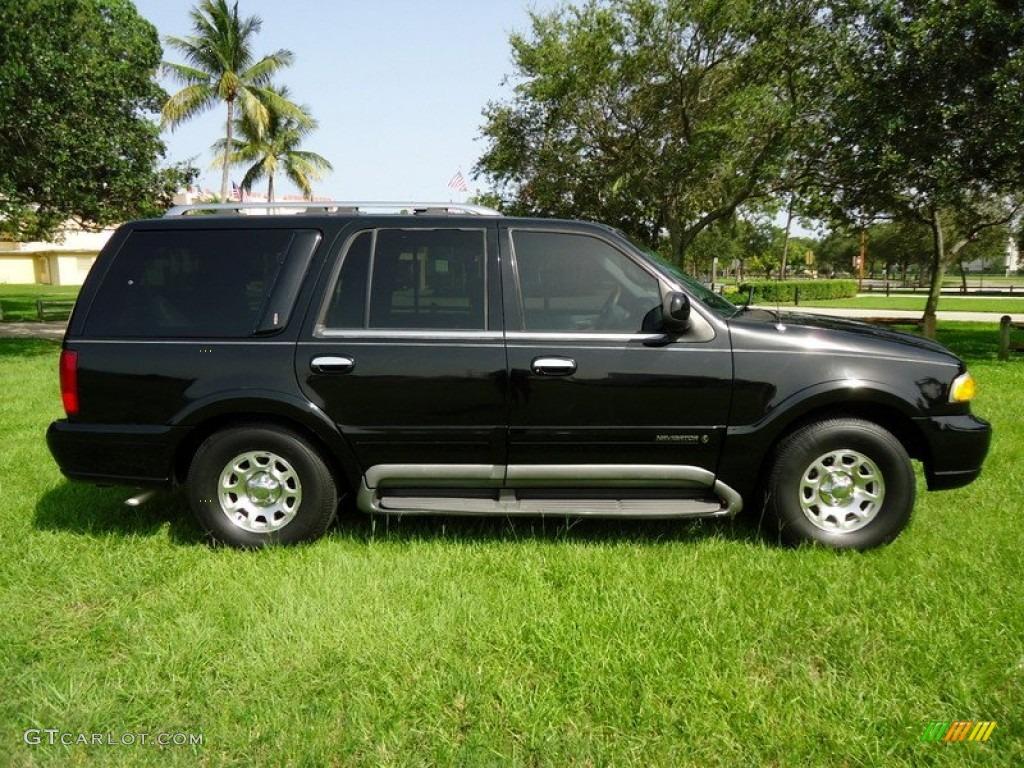 Black 1998 Lincoln Navigator Standard Navigator Model Exterior Photo 68700808