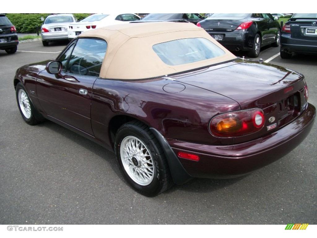 1995 purple mazda mx 5 miata m edition roadster 68708093. Black Bedroom Furniture Sets. Home Design Ideas