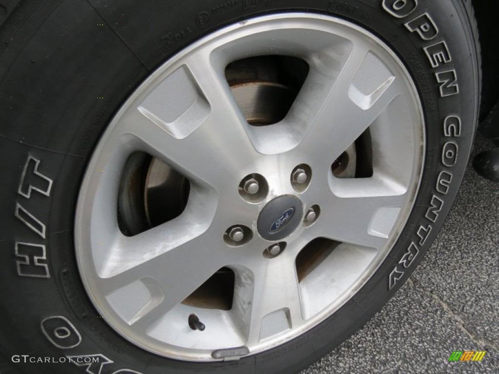 2003 Ford Explorer XLT Wheel Photo #68738032