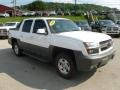 Summit White 2002 Chevrolet Avalanche Gallery