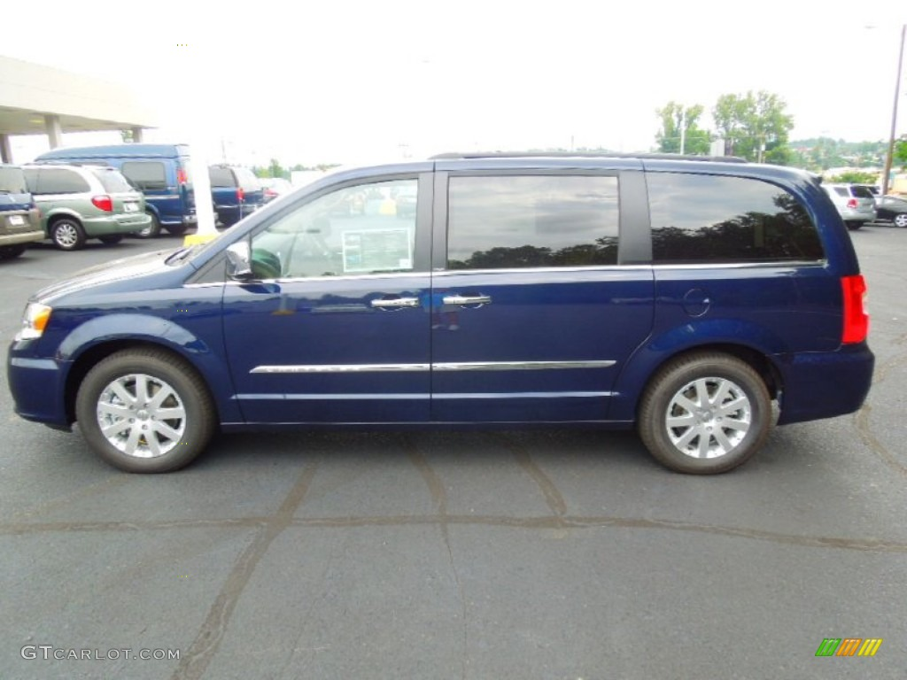 true blue pearl 2012 chrysler town country touring l exterior photo 68766337. Black Bedroom Furniture Sets. Home Design Ideas