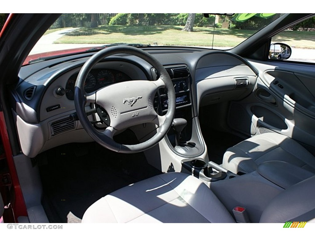medium graphite interior 2000 ford mustang v6 coupe photo 68778815