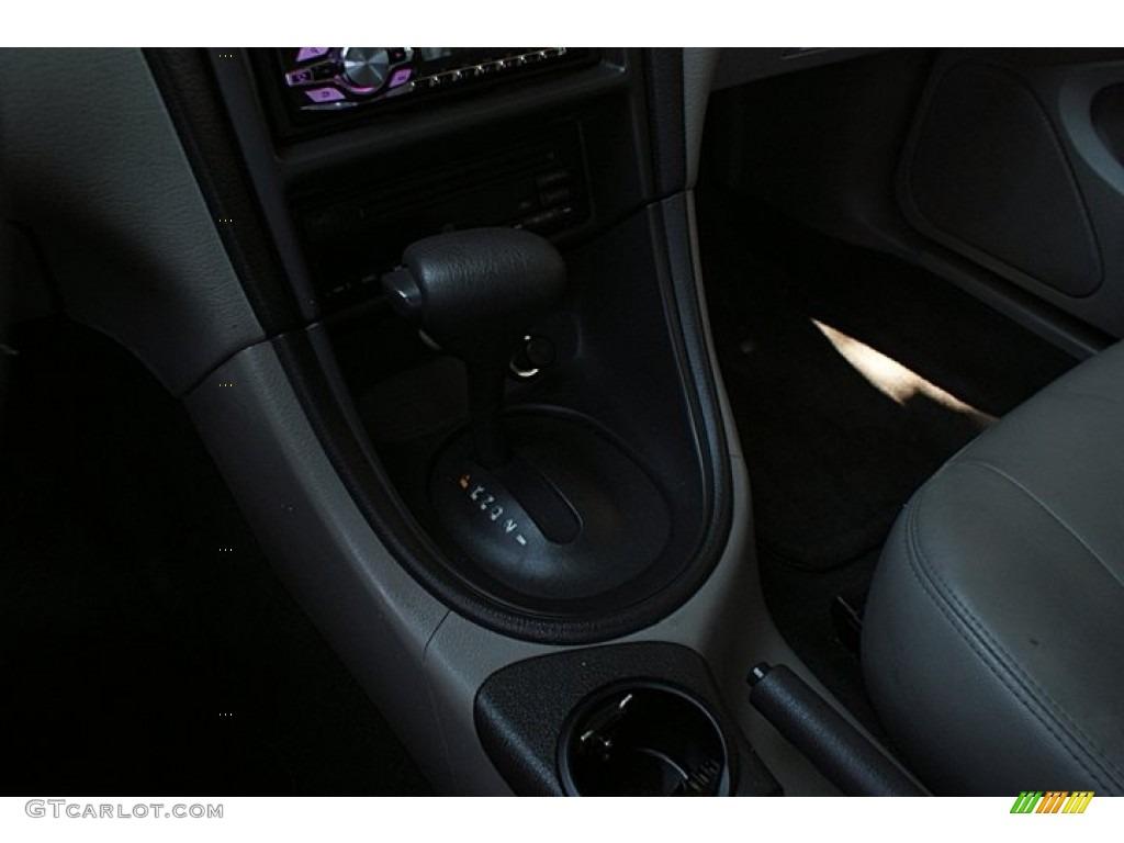 2000 Mustang V6 Coupe - Laser Red Metallic / Medium Graphite photo #21