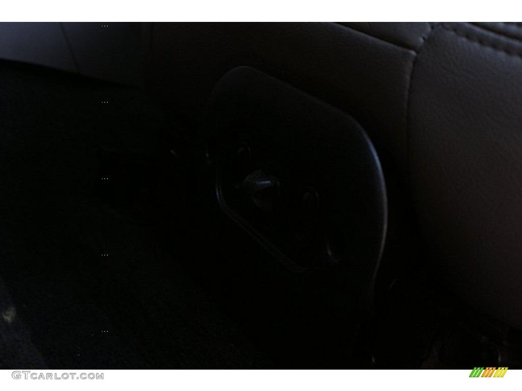 2000 Mustang V6 Coupe - Laser Red Metallic / Medium Graphite photo #33