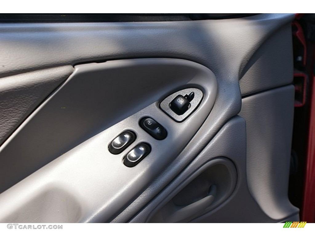 2000 Mustang V6 Coupe - Laser Red Metallic / Medium Graphite photo #34