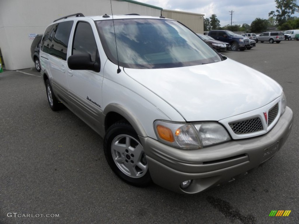 Summit White 2004 Pontiac Montana Awd Exterior Photo
