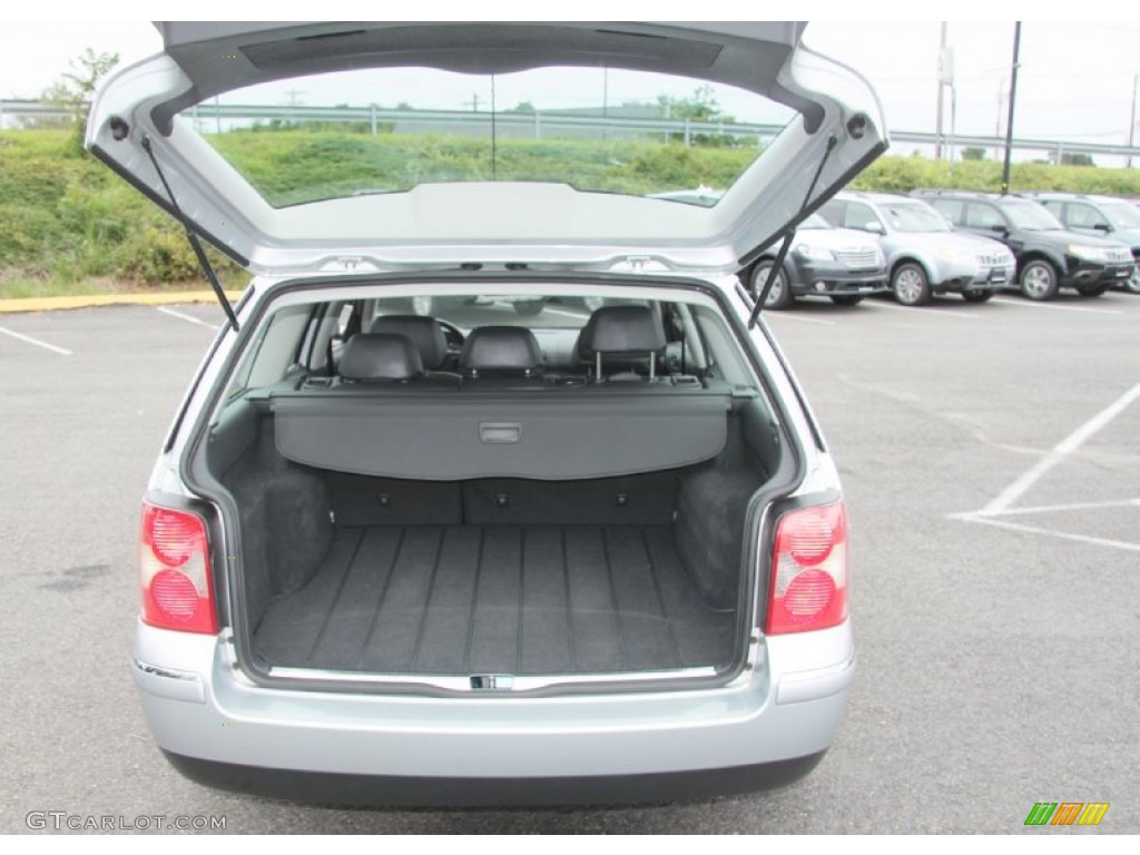 2004 volkswagen passat glx 4motion wagon trunk photo 68823524