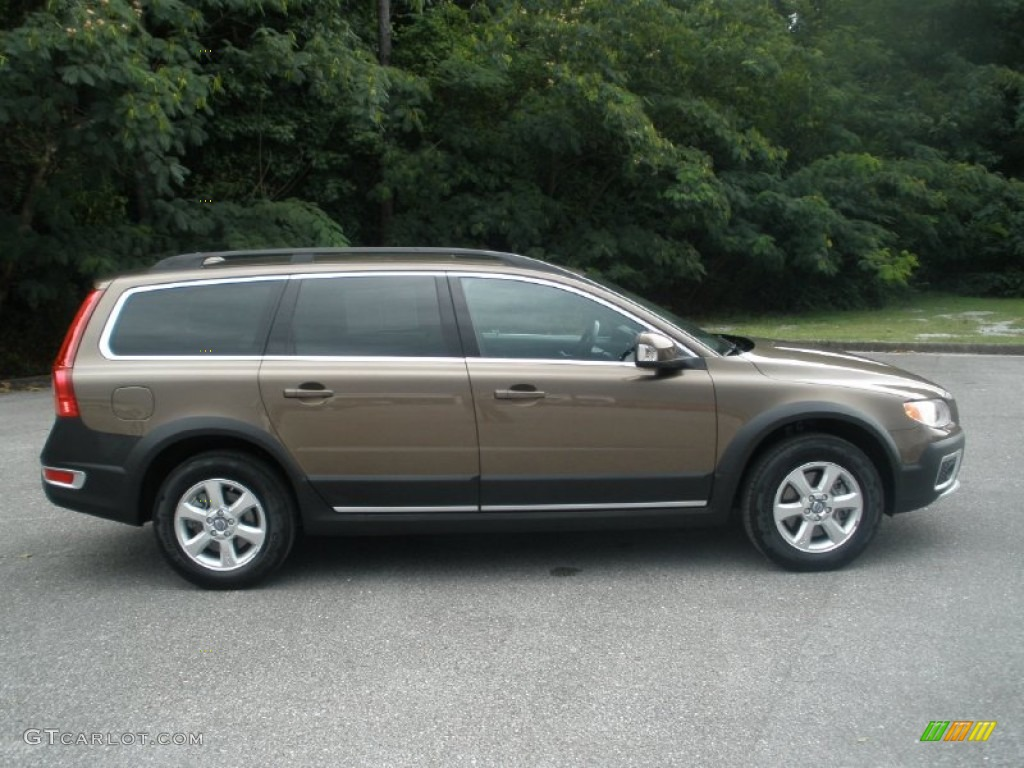 Twilight Bronze Metallic 2012 Volvo XC70 3.2 Exterior
