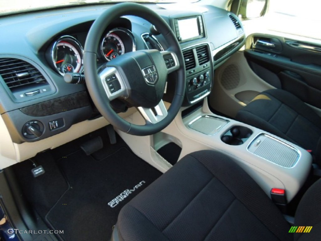 Black Light Graystone Interior 2012 Dodge Grand Caravan Sxt Photo 68884929
