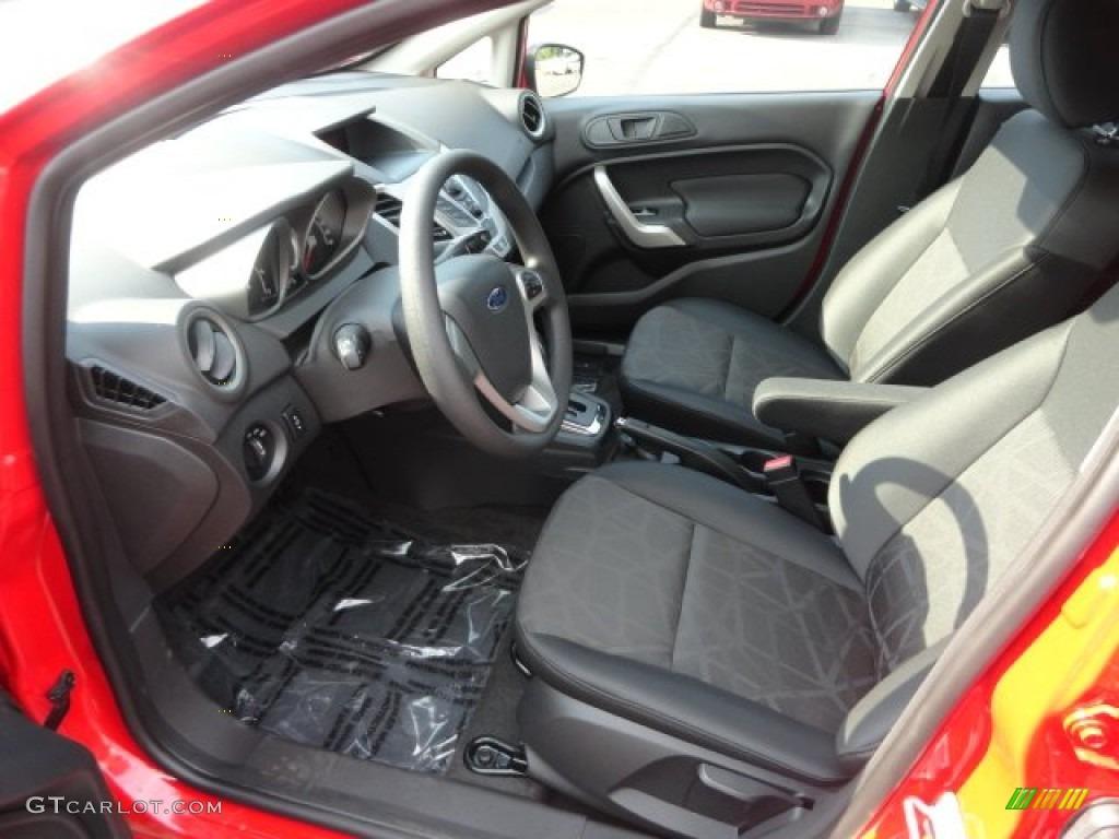 Charcoal black interior 2013 ford fiesta se hatchback photo 68887743 for Ford fiesta hatchback interior