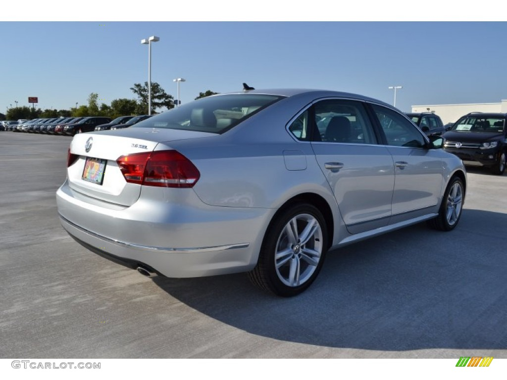 2013 Passat V6 SEL - Reflex Silver Metallic / Titan Black photo #2