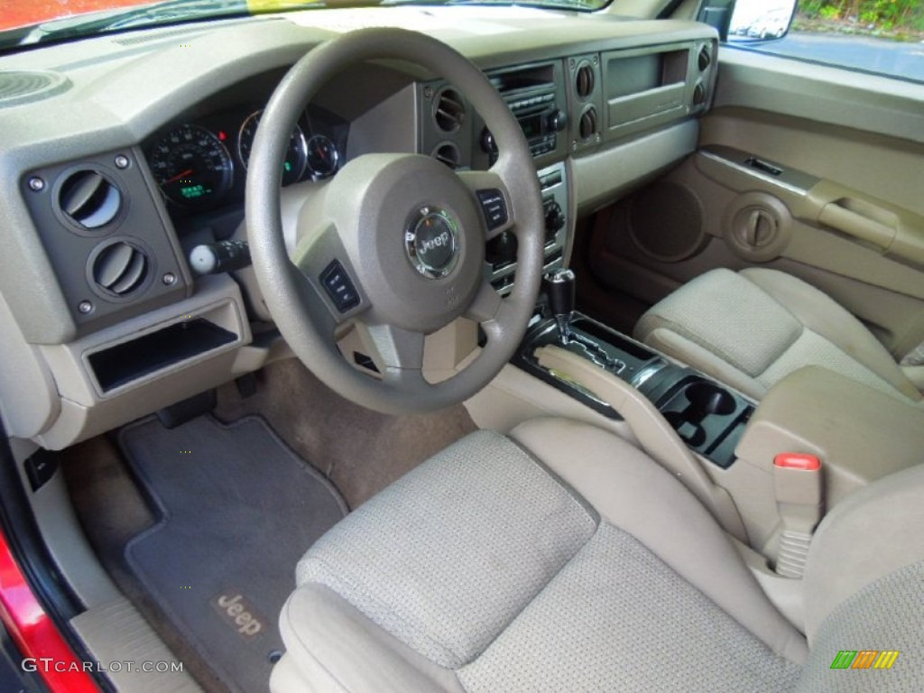 Khaki Interior 2006 Jeep Commander 4x4 Photo 68989942