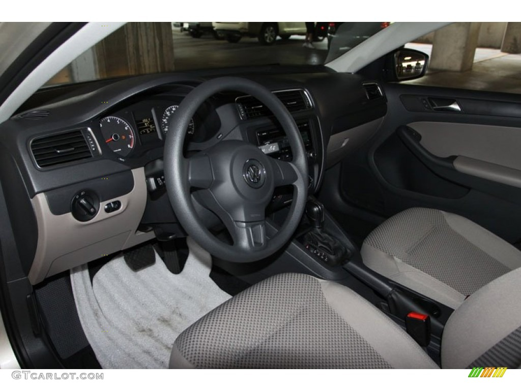 volkswagen jetta  sedan interior photo  gtcarlotcom