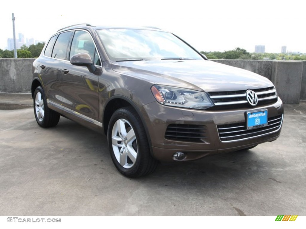 toffee brown metallic volkswagen touareg vr fsi lux xmotion  photo