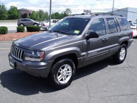 2004 jeep grand cherokee laredo 4x4 data info and specs. Black Bedroom Furniture Sets. Home Design Ideas