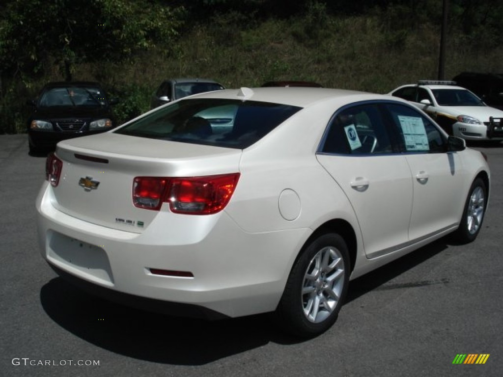 chevy malibu white - photo #1