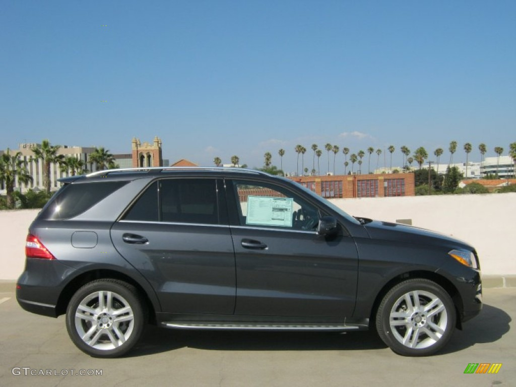 Steel grey metallic 2013 mercedes benz ml 350 4matic for Mercedes benz 350 ml 2013