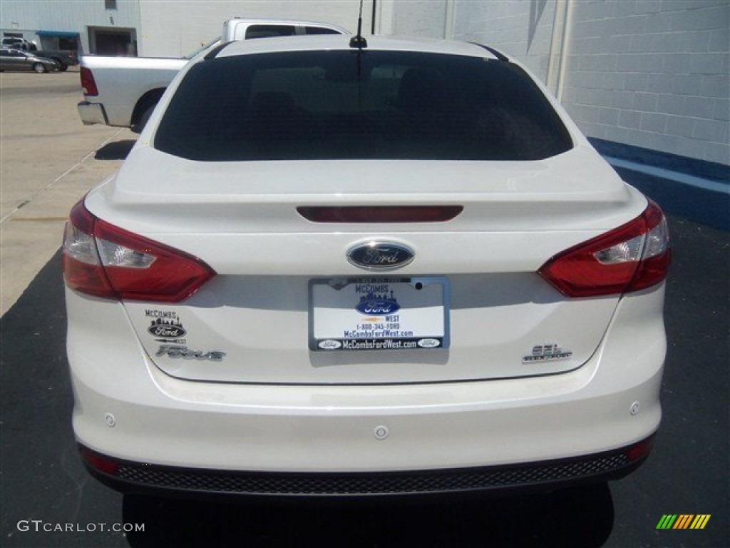 2012 Focus SEL Sedan - White Platinum Tricoat Metallic / Stone photo #4